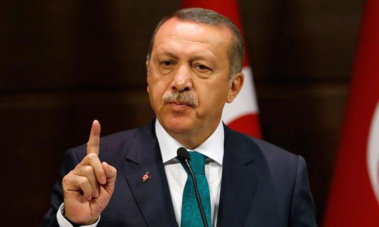 Turquia cancel·la les acreditacions dels periodistes de diaris crítics