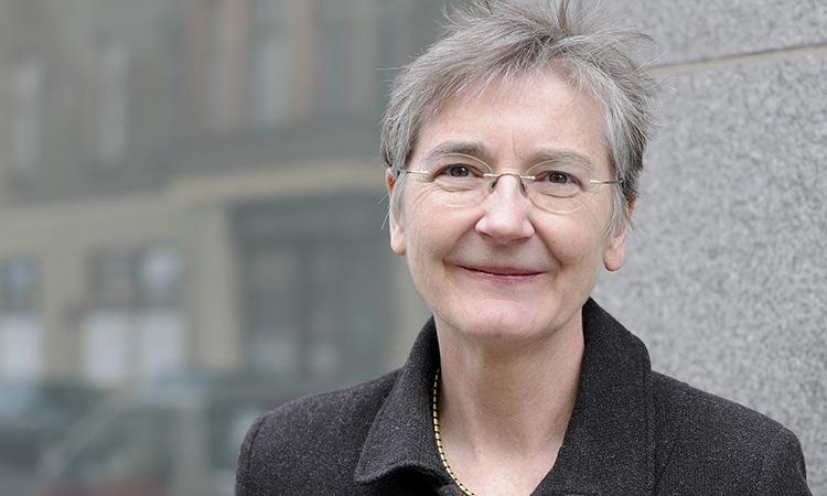 L'APEC premia la trajectòria europeista de la periodista Judy Dempsey