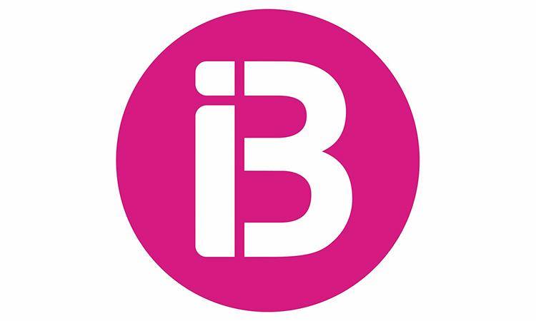 IB3 substitueix els presentadors d'informatius per un positiu a maquillatge