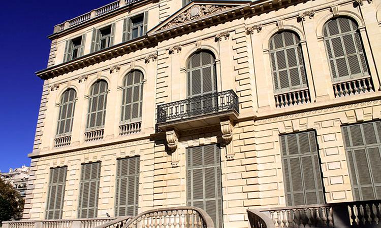 El Palau Robert prepara exposicions de La Mira, Enderrock i VilaWeb