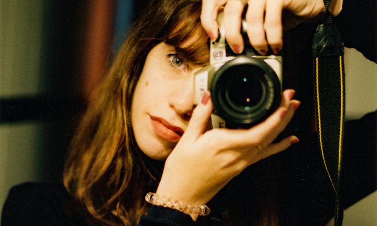 Maria Contreras Coll guanya la 1a Beca Joana Biarnés per a joves fotoperiodistes