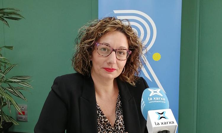 """Tere Giné: """"Per treballar en una ràdio local has de tenir passió per la feina"""""""