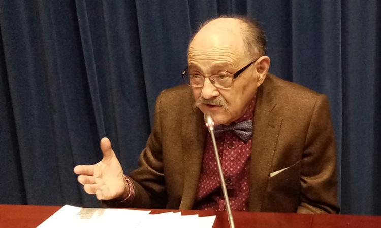 """Valentín Popescu: """"Els mitjans digitals han tallat el cap a la informació periodística"""""""