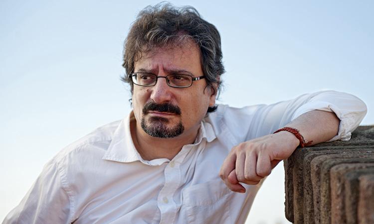 Albert Sánchez Piñol aplega en un llibre 80 'contraportades' per a 'El matí de Catalunya Ràdio'