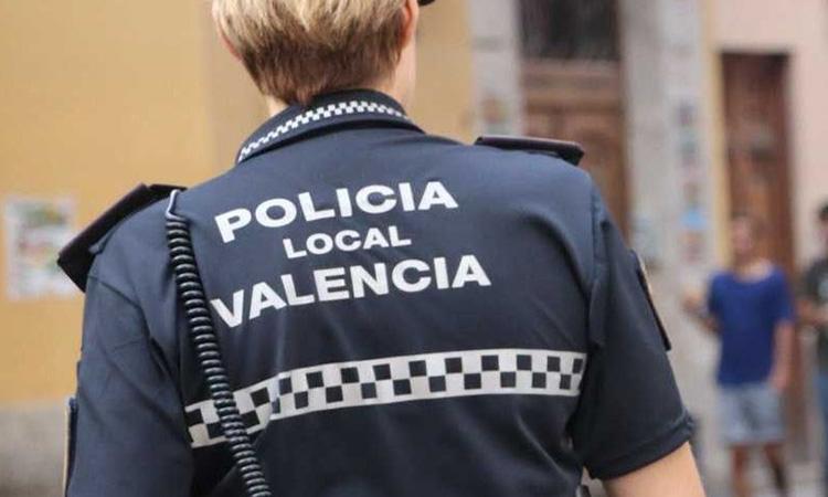 La Policia de València premia al col·lectiu de periodistes d'informació municipal