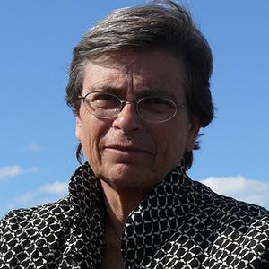 Maria-Mercè Marçal, assagista